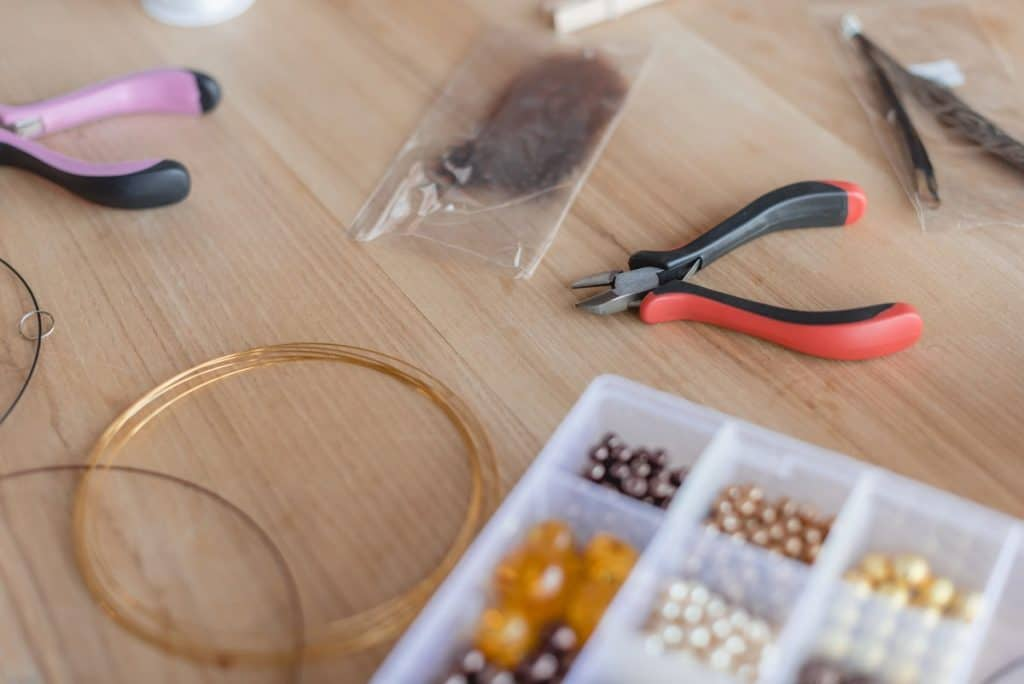 What supplies are needed for jewelry making